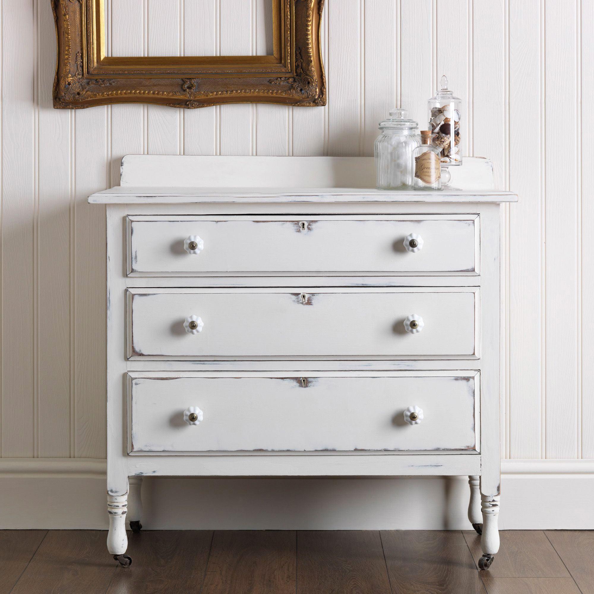 Efecto Vintage sobre Muebles con Pintura a la Tiza